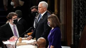 Vì sao Phó Tổng thống Mike Pence từ chối dùng Tu chính án 25 phế truất ông Trump?