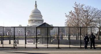 Nội bộ Điện Capitol lục đục nghiêm trọng