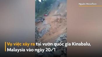Video: Bãi đỗ xe sụp đổ kinh hoàng sau trận lở đất ở Malaysia