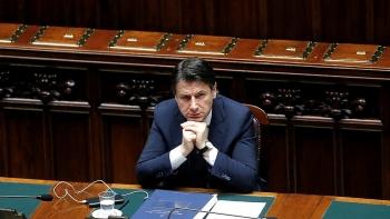 Điều gì ẩn sau quyết định từ chức của Thủ tướng Italy?