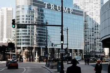 Khách sạn của đế chế kinh doanh Trump đối mặt mức phạt nặng do sử dụng trái phép nước sông