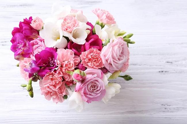Ngày lễ tình nhân Valentine năm nay nên tặng gì cho người yêu để tình cảm thêm bền chặt?