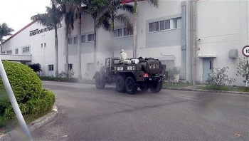 Quân khu 3 hỗ trợ khử khuẩn các địa điểm có nguy cơ cao tại Cẩm Giàng, Hải Dương