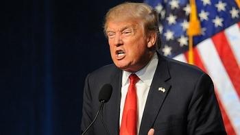 Ông Trump nổi trận lôi đình khi Tòa án tối cao Mỹ cho công bố kê khai thuế của mình