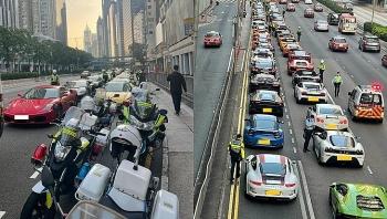 """Camera giao thông: 45 siêu xe đang chuẩn bị đua trái phép thì bị cảnh sát """"tóm sống"""""""