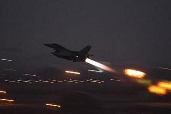 Máy bay NATO dàn cảnh khiêu khích ngoài khơi bờ biển Crimea