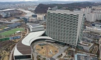 Hai quan chức Hàn Quốc tự sát giữa scandal chấn động