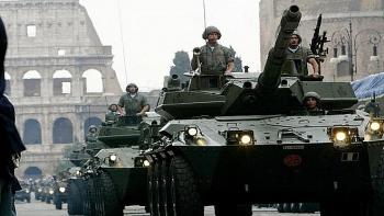 Xe tăng quân đội Italy bắn nhầm nông trại trong đêm