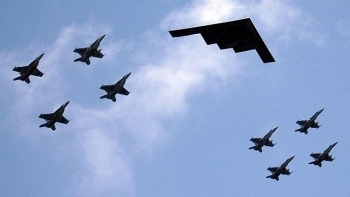 Lầu Năm Góc sẽ dùng máy bay ném bom B-1B và B-2 để chống Nga?
