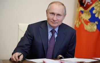 Điện Kremlin thông báo Tổng thống Putin đã tiêm vaccine COVID-19