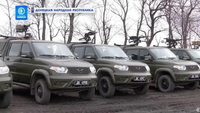 Nga lần đầu công khai loạt phương tiện tác chiến đã chuyển cho ly khai miền Đông