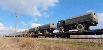 Nga điều xe tăng gần Crimea, lãnh đạo Mỹ - Ukraine tức tốc điện đàm