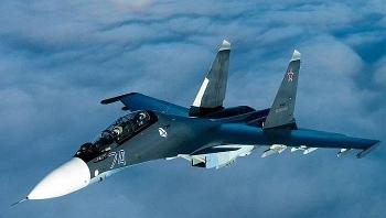 Su-30SM của Hải quân Nga ném bom chính xác các mục tiêu ở độ cao đến 2 km