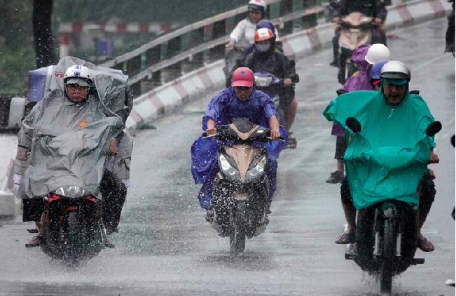 Thời tiết ngày mai 7/4: Hà Nội mưa rào, Đà Nẵng đến Bình Thuận có nơi trên 33 độ