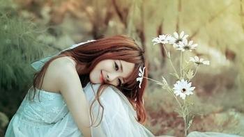 Tử vi hôm nay 11/4/2021: Tuổi Thân cực vượng về đường nhân duyên, may mắn tìm được bạn đời như ý