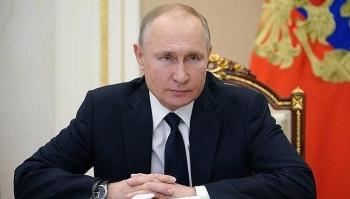 Tổng thống Putin đề xuất tăng lương cho các phi hành gia lên tới 70%