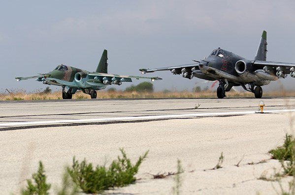 Nga triển khai hơn 50 chiến đấu cơ đến Crimea
