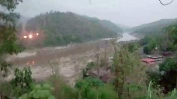 Myanmar bất ngờ nổ ra giao tranh ở miền Đông