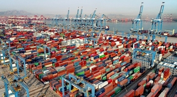 Trung Quốc: Tàu chở 1 triệu thùng dầu bị va chạm khi đang neo đậu tại Thanh Đảo, dầu tràn ra biển