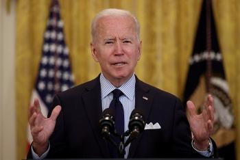 Tổng thống Biden thu hồi hàng loạt sắc lệnh của người tiền nhiệm Trump