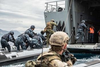 Đặc nhiệm Hải quân Mỹ tập trận ở khu vực sát sườn Nga