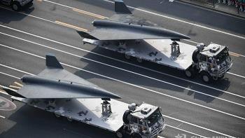 Báo Mỹ tò mò về nhà chứa máy bay trong căn cứ mật của Trung Quốc