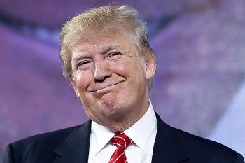 Cựu Tổng thống Donald Trump bị khởi kiện