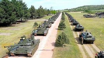 Đồng minh Nga nhận được hàng loạt trinh sát hiện đại và tăng chiến đấu từ Moskva