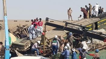 Tai nạn đường sắt nghiêm trọng ở Pakistan, ít nhất 35 người thiệt mạng