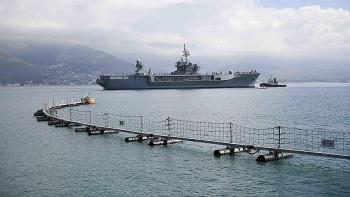 Nga yêu cầu NATO chấm dứt hành động 'khoe khoang vũ khí'