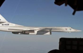 Tu-160 của Nga bị nhóm tiêm kích ba nước bám sát trên Biển Baltic