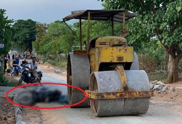 Tin tức tai nạn giao thông trong ngày: Nữ công nhân bị xe lu cán tử vong thương tâm
