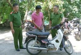 Tin tức pháp luật nóng nhất sáng 10/7: Vây bắt tội phạm, 3 chiến sĩ công an phải điều trị phơi nhiễm HIV