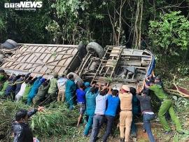 Tin tức tai nạn giao thông (TNGT): Vụ xe khách lao vực ở Kon Tum thêm nạn nhân tử vong