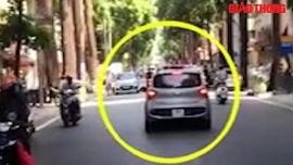 Tin tức tai nạn giao thông (TNGT) nóng nhất chiều 15/7: Tài xế hất công an lên nắp capô, bỏ chạy hơn 100m