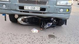 Tin tức tai nạn giao thông (TNGT) sáng 20/7: Tài xế ngủ gật, xe tải lật ngang trên Quốc lộ 1A