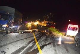 Tin tức tai nạn giao thông (TNGT) nóng nhất chiều 20/7: Xe máy đấu đầu xe tải, 2 thanh niên tử vong tại chỗ