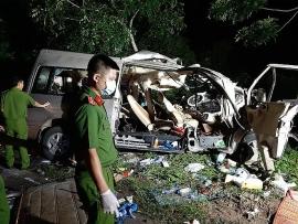 Hình ảnh hiện trường vụ tai nạn thảm khốc khiến 8 người chết ở Bình Thuận