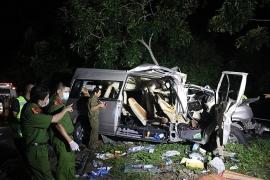 Tai nạn giao thông nghiêm trọng tại Bình Thuận, ít nhất 8 người tử vong