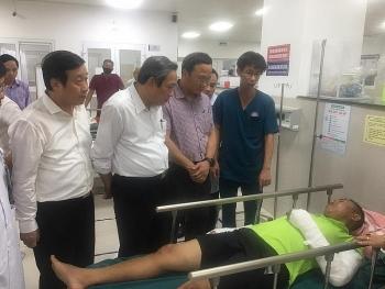 Tin tức tai nạn giao thông (TNGT) sáng 27/7: Tài xế vụ lật xe ở Quảng Bình dùng bằng B2 để lái xe khách 47 chỗ ngồi