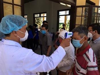 Tin tức Covid-19 mới nhất: Cách ly y tế thủy thủ người Philippines và 14 người Hà Tĩnh