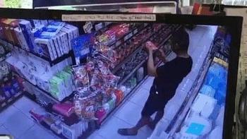 Tin tức trong ngày mới nhất: Truy tìm người đàn ông vào siêu thị ở Đà Nẵng bôi nước bọt vào nhiều gói thực phẩm khô