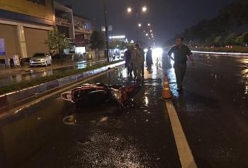 """Tin tức tai nạn giao thông sáng 1/8: Tụ tập """"diễn xiếc"""", 2 quái xế lao xe vào nhau tóe lửa và cái kết """"muối mặt"""""""