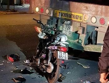 Tin tức tai nạn giao thông (TNGT) chiều 2/8: Tông vào đuôi xe container đang đậu bên đường, một người tử vong thương tâm