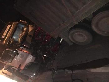 Danh tính các nạn nhân vụ container chồm lên đè bẹp ô tô con dừng chờ đèn đỏ ở Hà Nội