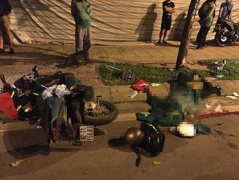 Tin tức tai nạn giao thông (TNGT) chiều 5/8: Gặp tai nạn khi đi thăm người thân về, chồng tử vong, vợ và 2 con nhập viện