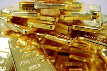 Nhận định giá vàng hôm nay 15/8: Vàng tăng chậm chờ đà bứt phá kỷ lục mới