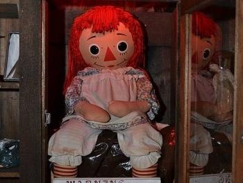Vì sao búp bê Annabelle lại trở thành nỗi ám ảnh kinh hoàng, khiến nhiều người khiếp đảm?