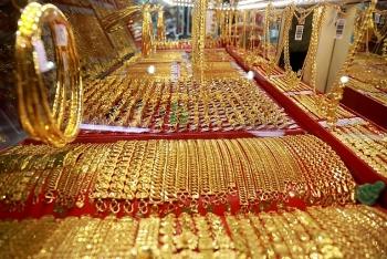 Nhận định giá vàng ngày 18/8: Vàng có thể chịu áp lực mới, giá giảm mạnh