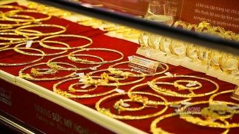 Nhận định giá vàng ngày 19/8: Vàng trong nước vọt tăng lên 58 triệu đồng, chuẩn bị xác lập kỷ lục mới?